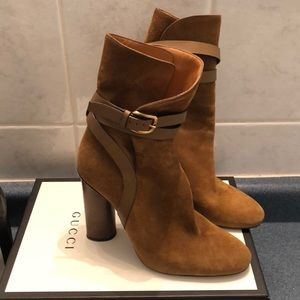👢Gucci suede high heel ankle boot